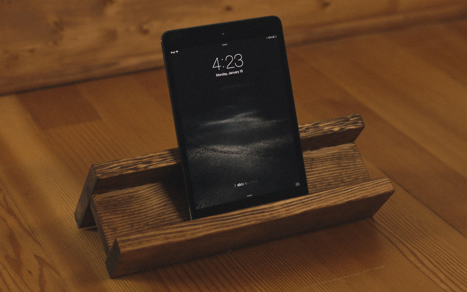 DIY dark stained wooden tablet stand