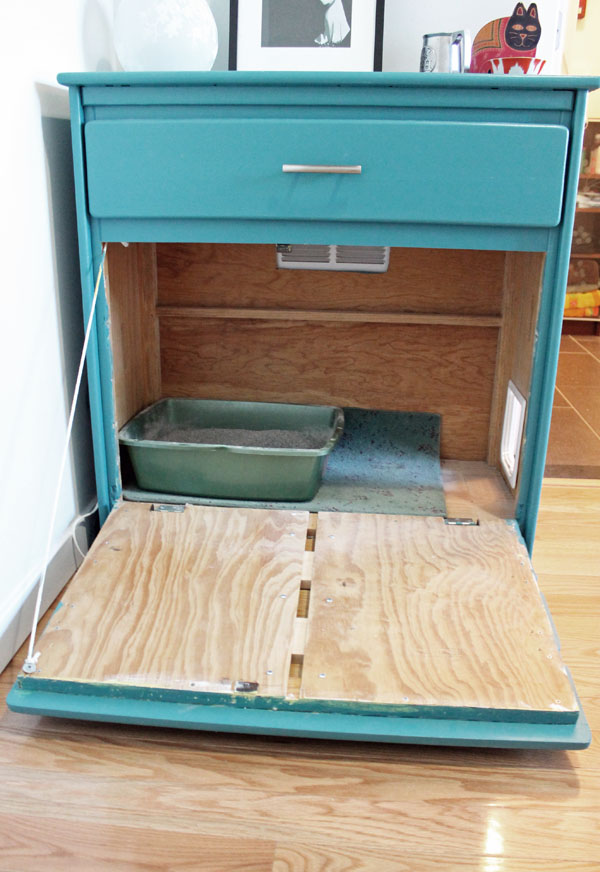 DIY vintage dresser into a cat litter box cover (via www.unusuallylovely.com)