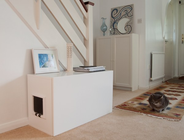 DIY IKEA Faktum litter box cover (via www.ikeahackers.net)