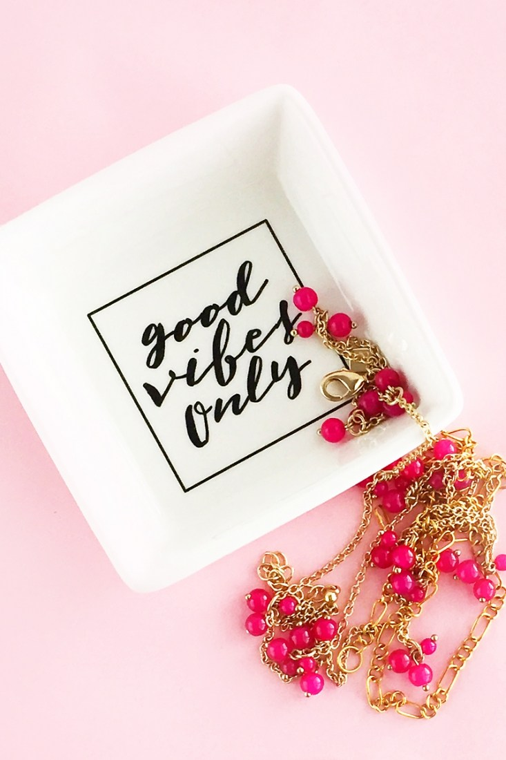 DIY Good Vibes Only trinket dish (via maritzalisa.com)