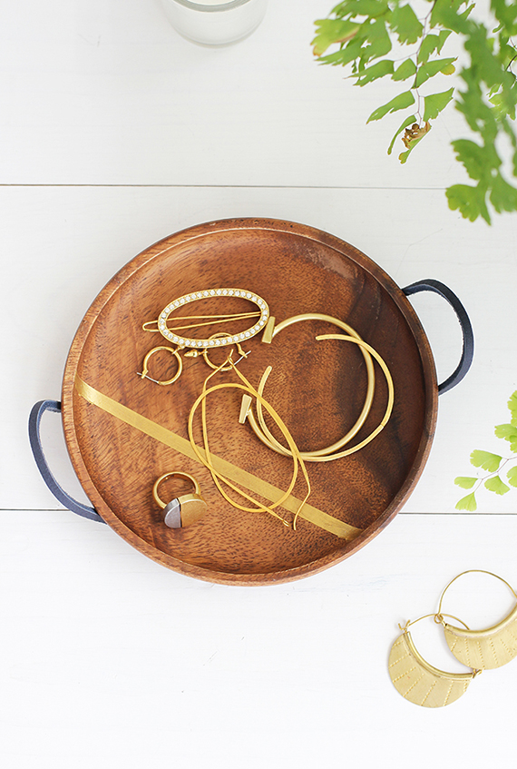 DIY wooden jewelry dish (via www.minted.com)
