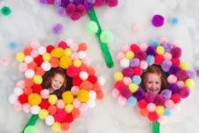 DIY pompom flower photo magnets