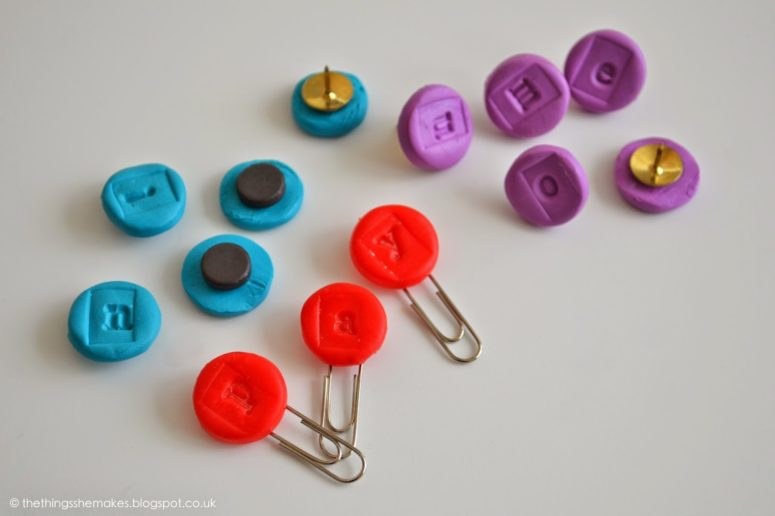 DIY colorful stamped Fimo magnets (via thethingsshemakes.blogspot.ru)