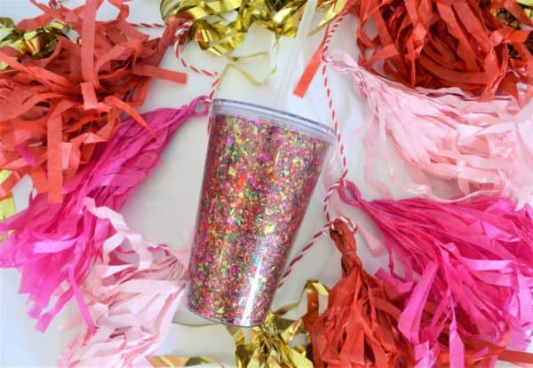 DIY confetti decorated tumblers (via www.burlapandblue.com)