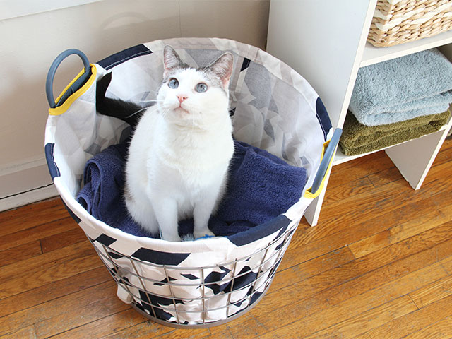 DIY printed fabric hamper liner