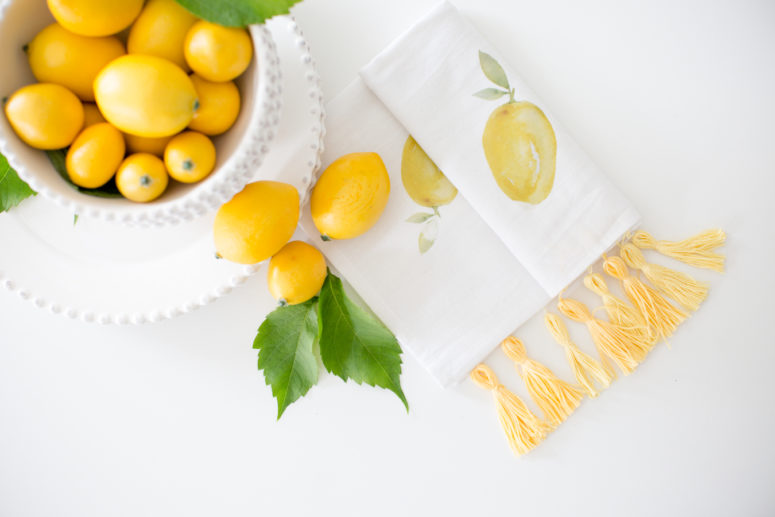 DIY colorful lemon print towel (via www.craftberrybush.com)