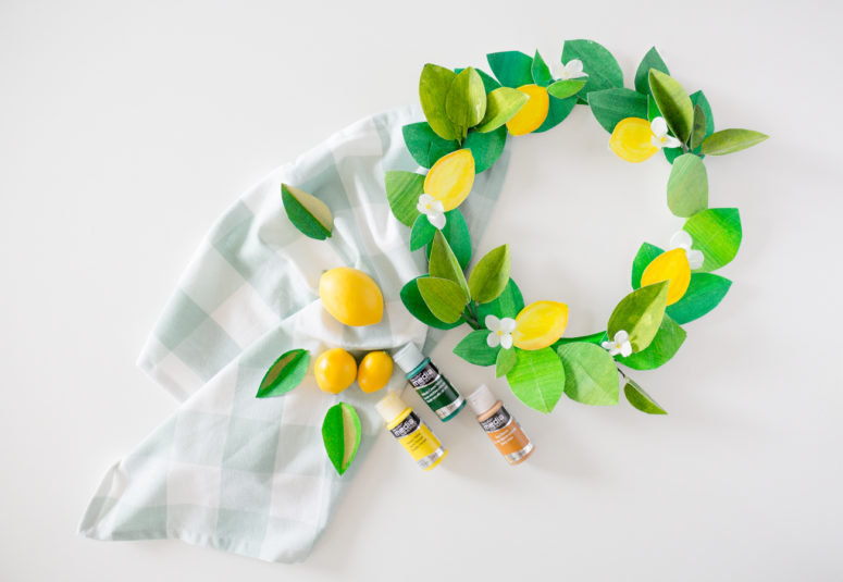 DIY colorful paper lemon and greenery wreath (via www.craftberrybush.com)