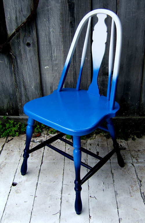 DIY bold ombre blue vintage chair (via www.designsponge.com)