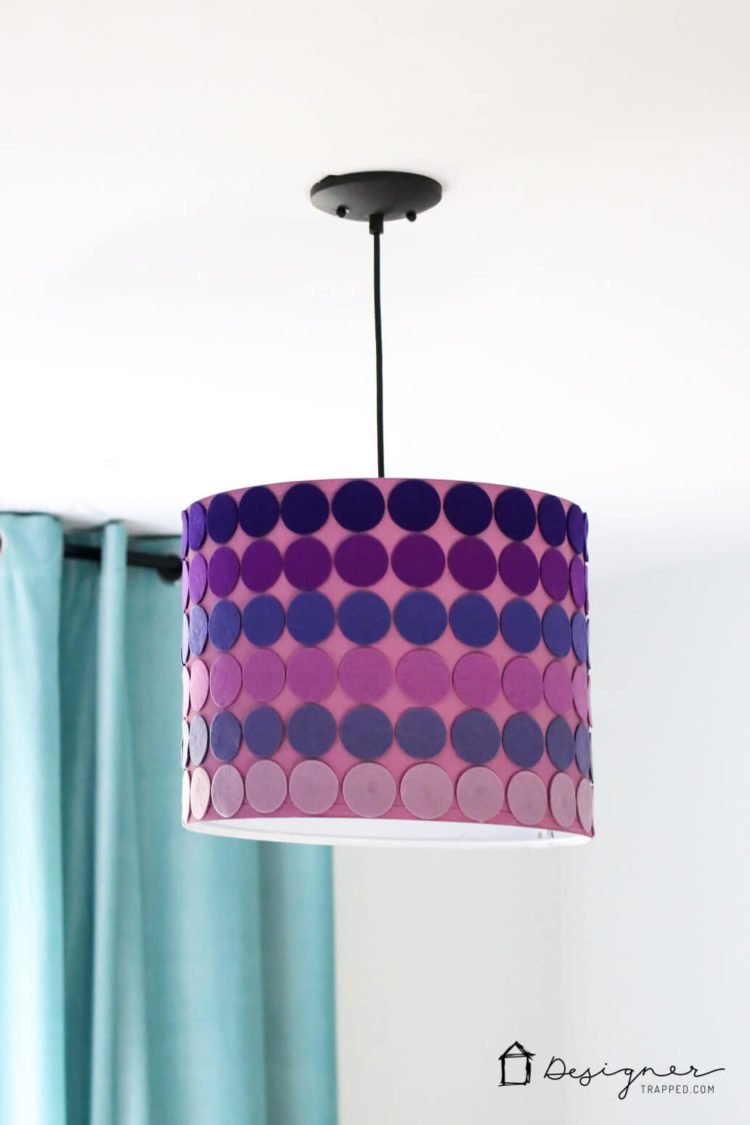DIY purple lampshade with ombre felt circle decor (via www.designertrapped.com)
