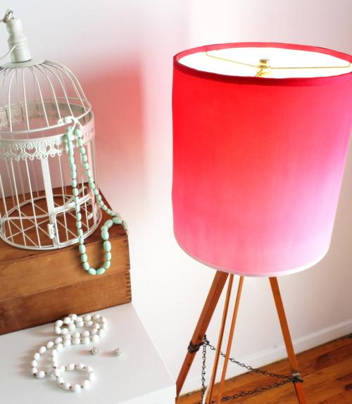 DIY ombre hot pink lampshade of an old silk tee (via ilikethatlamp.com)