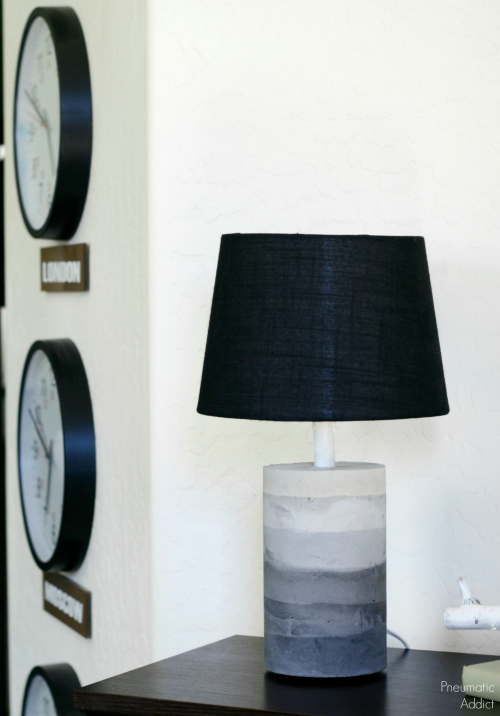 DIY ombre concrete lamp with a black lampshade (via www.pneumaticaddict.com)