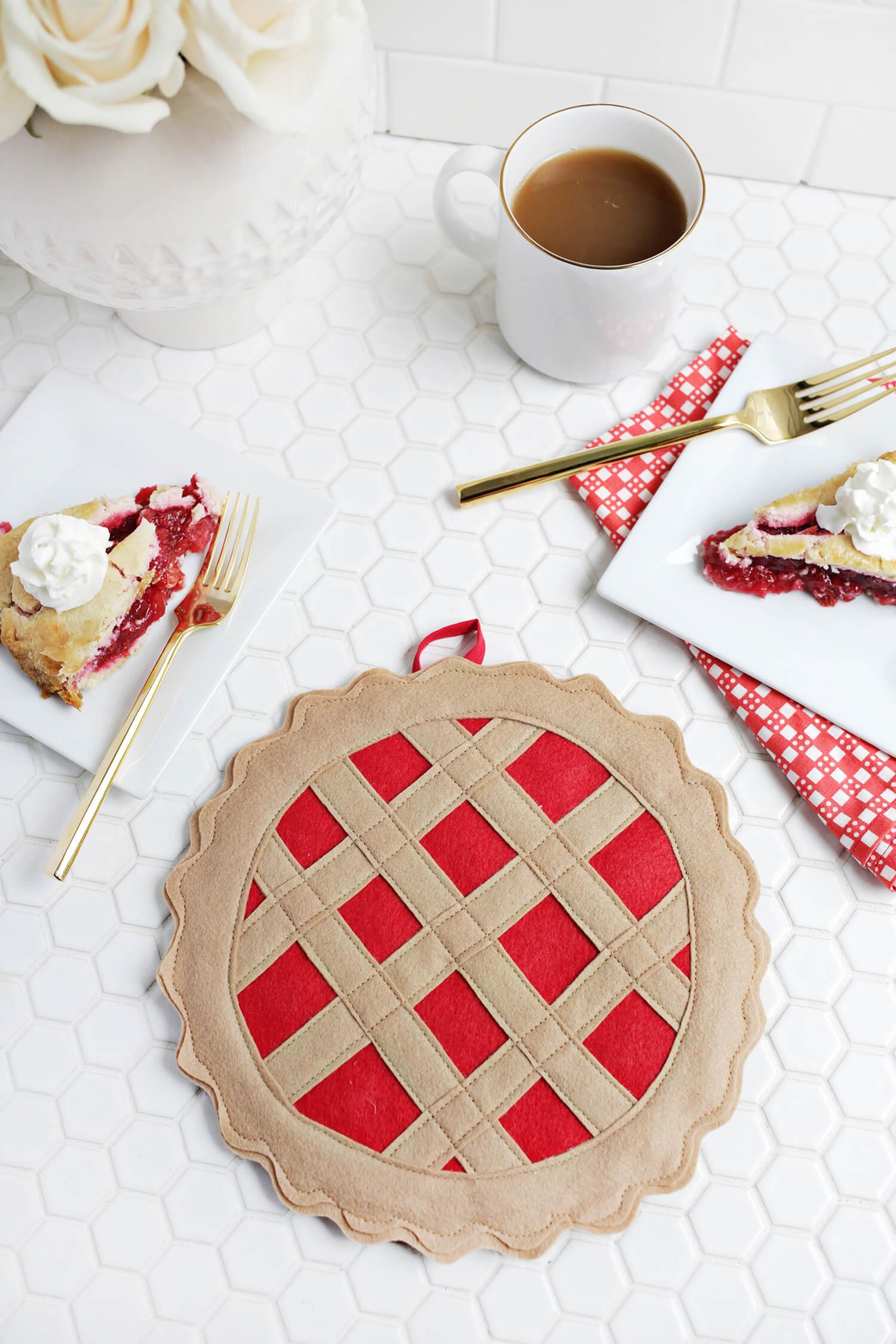 DIY colorful cherry pie potholder