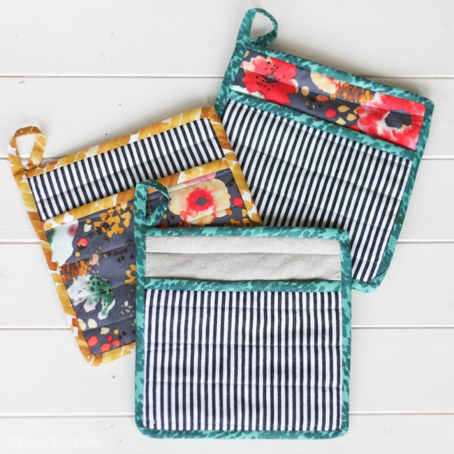 DIY floral and striped potholders with loops (via radianthomestudio.com)