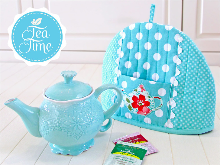 DIY bright sewn tea cozy with pockets (via sew4home.com)