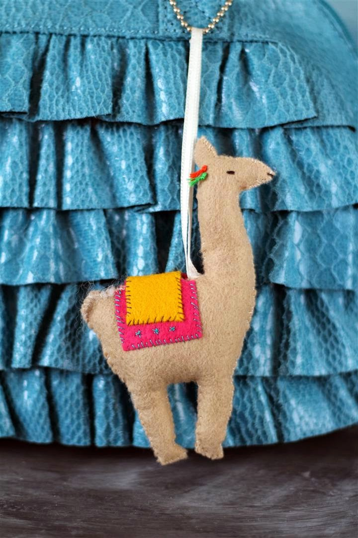 DIY felt llama toy or decoration