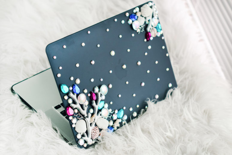 DIY mermaid laptop cover with corals and gems (via quietlioncreations.com)