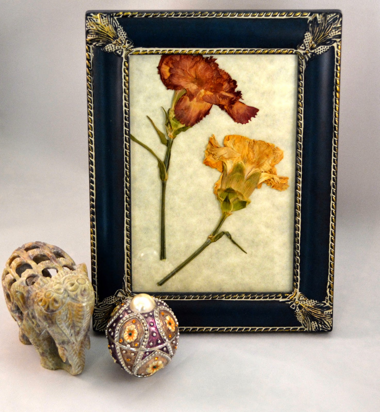 DIY pressed flowers and parchment artworks
