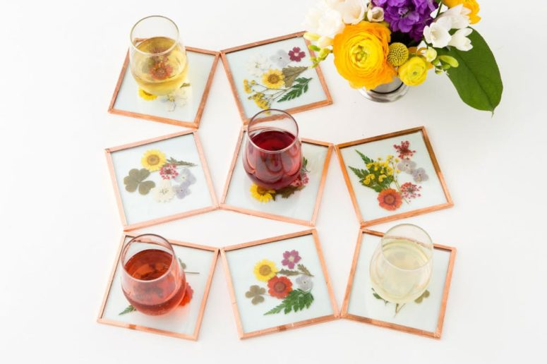 DIY glass tile pressed flower coasters (via www.brit.co)
