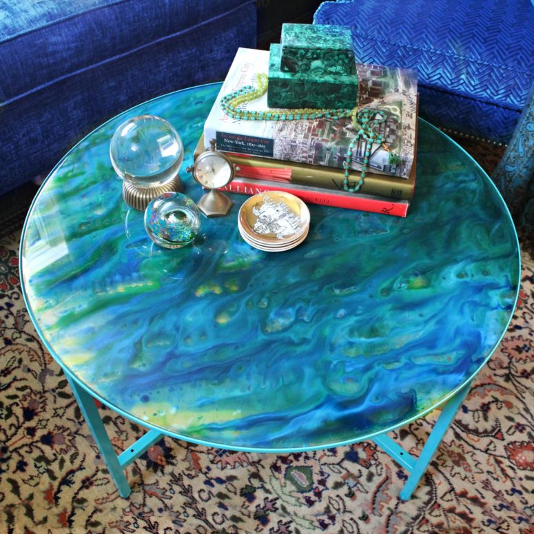 DIY blue marble resin tabletop (via www.markmontano.com)