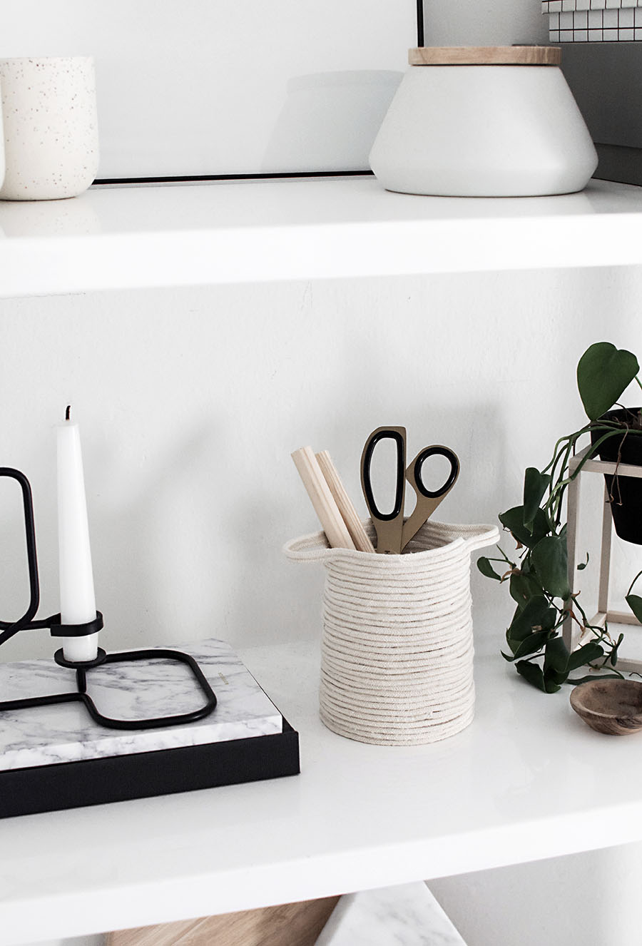 DIY small rope basket for pens and pencils