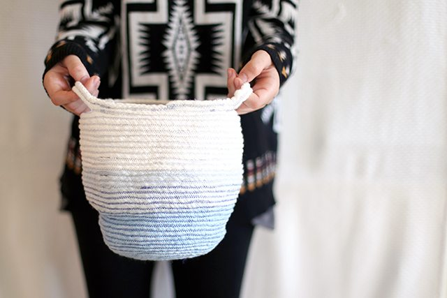DIY ombre blue rope basket with handles