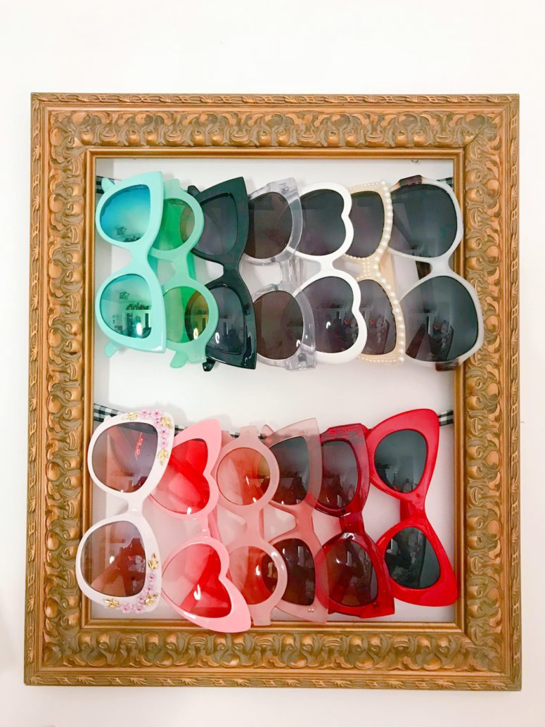 DIY gold vintage frame sunglasses holder (via www.krystledesantos.com)
