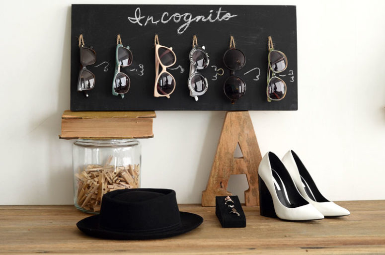 DIY chalkboard and twine sunglasses holder (via mrkate.com)