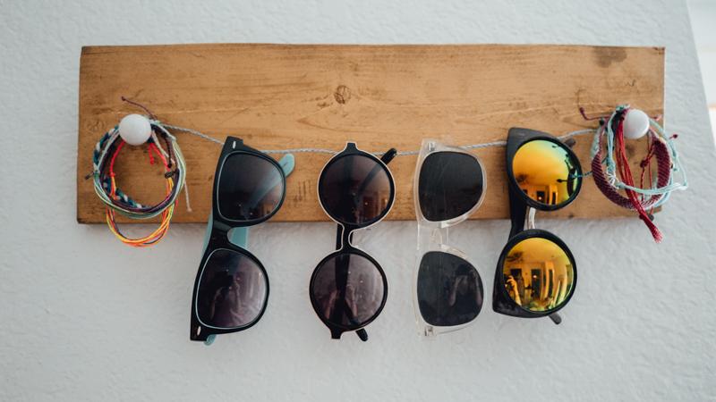DIY rustic and twine sunglasses holder