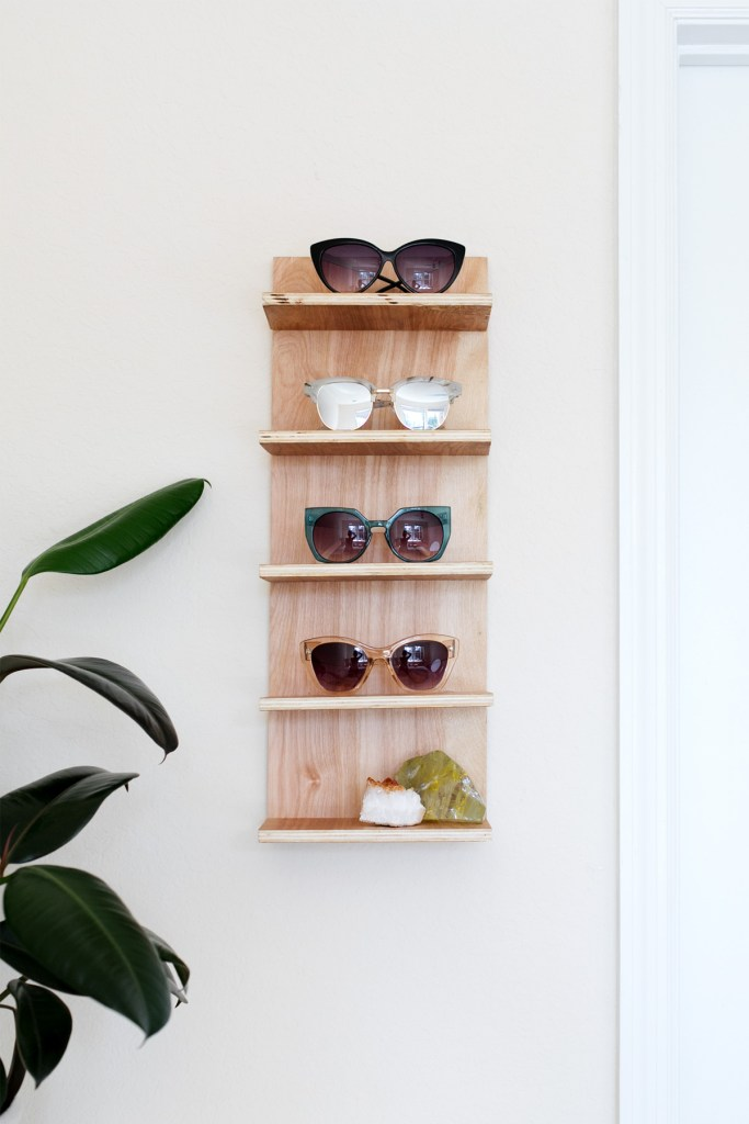 DIY plywood sunglasses shelf (via www.ctrlcurate.com)
