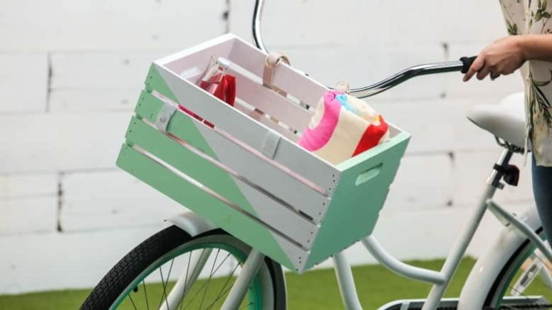 DIY shabby chic bike crate in white and mint (via www.cbc.ca)