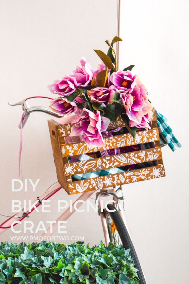 DIY painted bike crate with florals (via www.pmqfortwo.com)