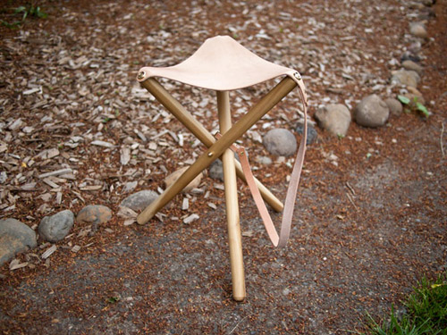 DIY tripod camp stool with a blush leather seat (via www.designsponge.com)