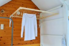 DIY foldable wall-mounted drying rack