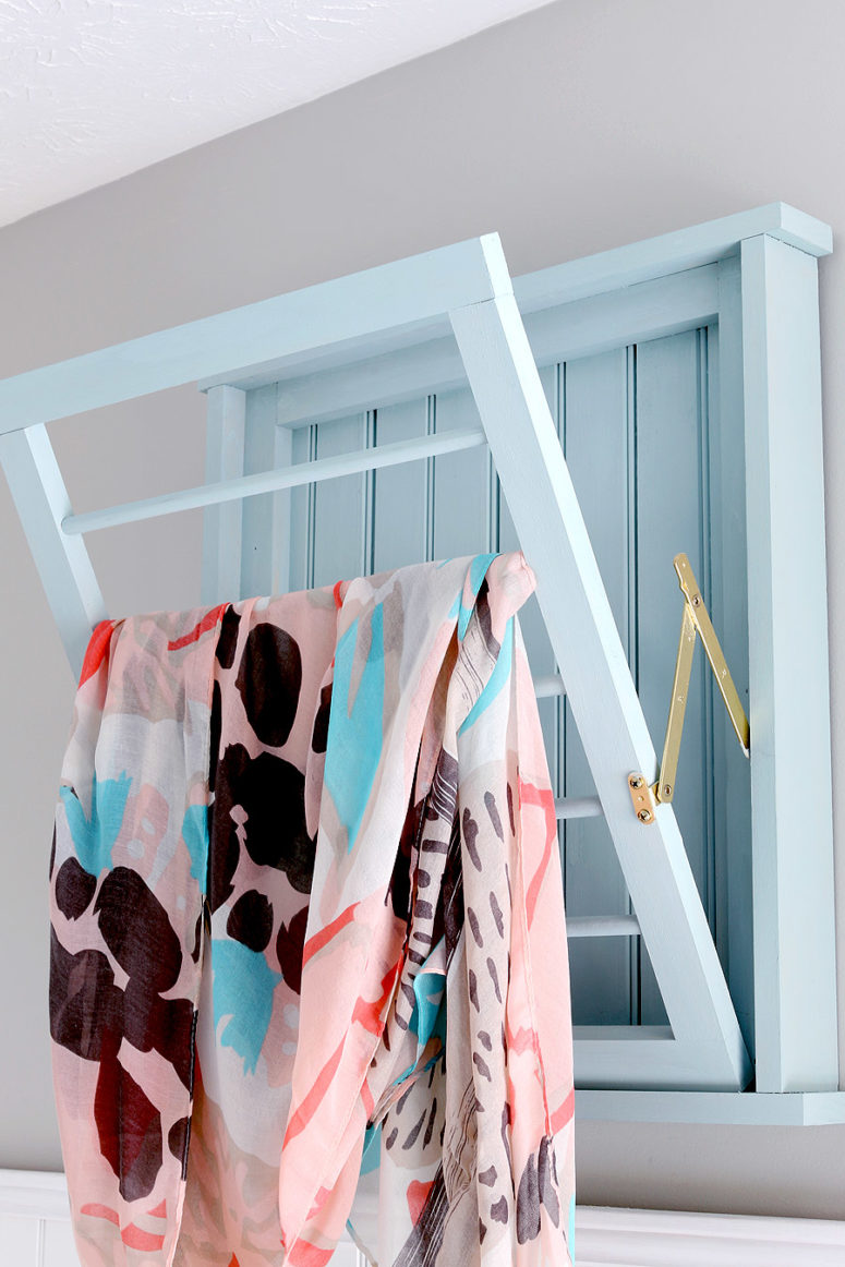 DIY wall-mounted foldable drying rack (via jenwoodhouse.com)