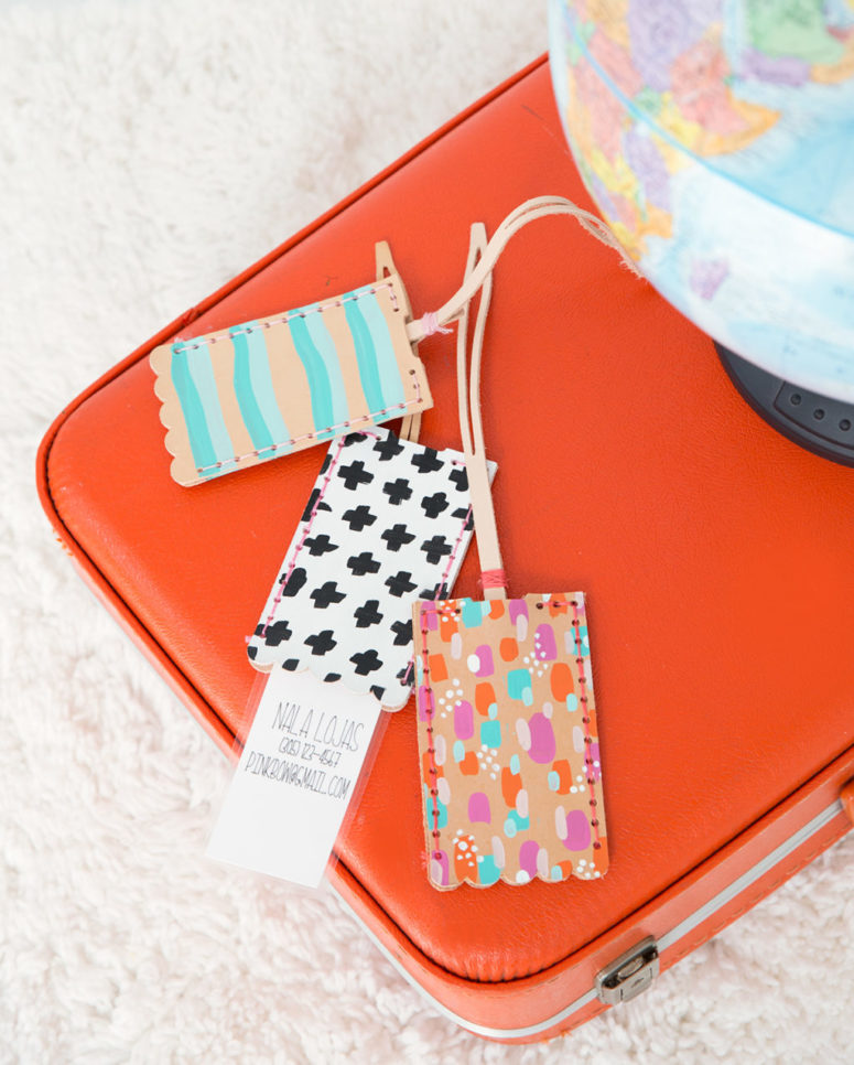 DIY colorful leather luggage tags with glitter for a glam touch (via damasklove.com)