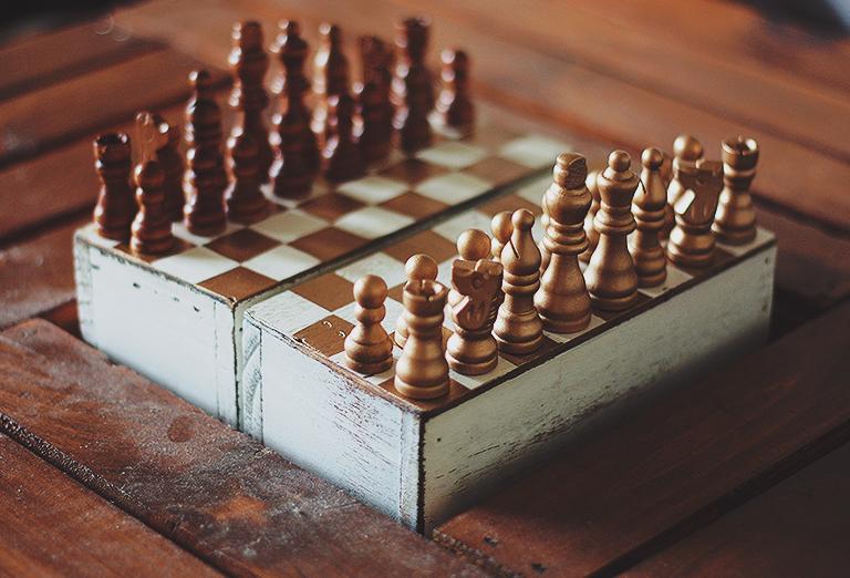 DIY travel chess set of vintage chess