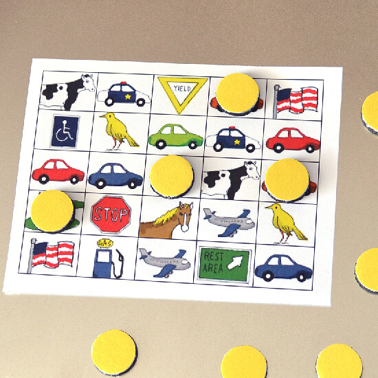 DIY magnetic travel bingo game (via www.dreamalittlebigger.com)