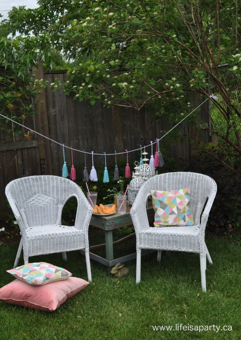 DIY wicker chair spray paint makeover (via www.lifeisaparty.ca)