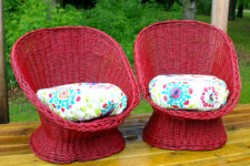 DIY red painted wicker chairs