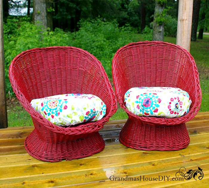 DIY red painted wicker chairs (via www.grandmashousediy.com)