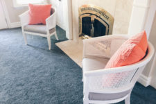 DIY wicker chairs makeover with spray paint
