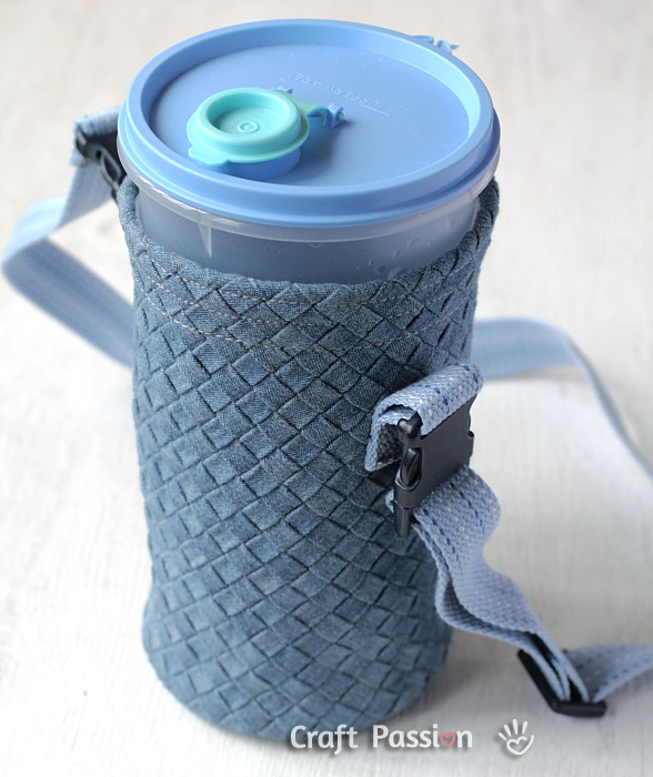 DIY water bottle sling for a Tupperware bottle