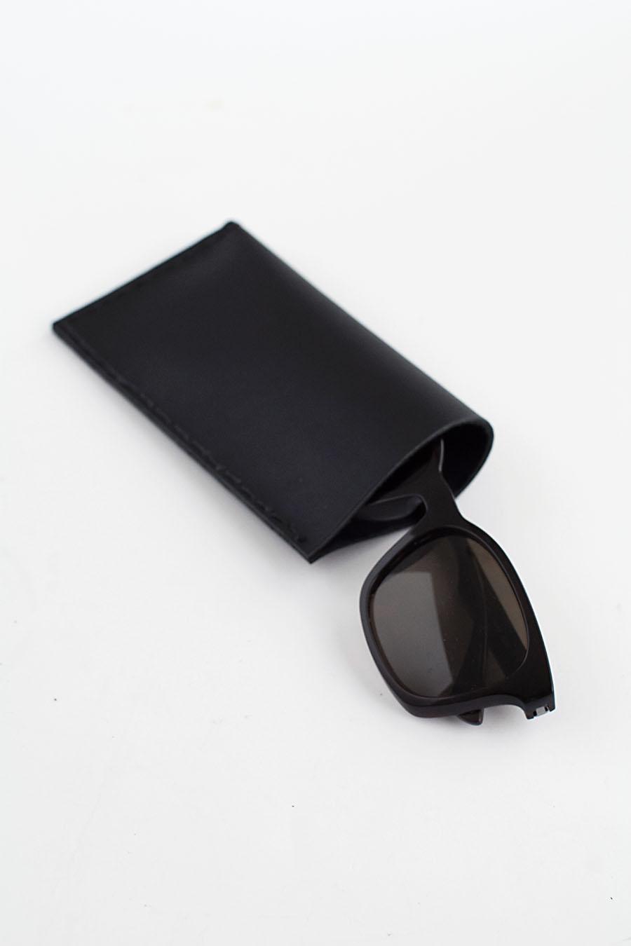 DIY black leather sunglasses pouch