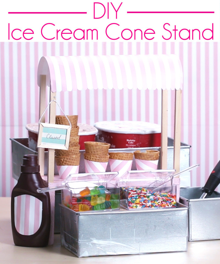 DIY retro ice cream stand