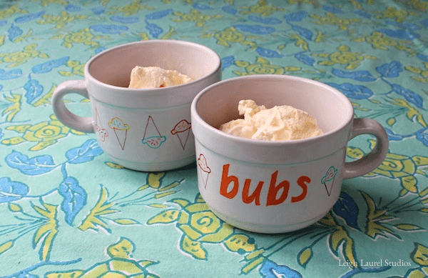 DIY bowls with ice cream and nickname decor (via www.leighlaurelstudios.com)