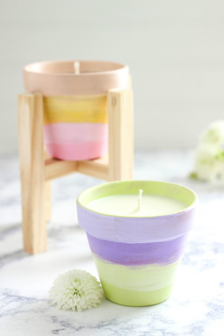 DIY watercolor terracotta citronella candles (via www.purelykatie.com)