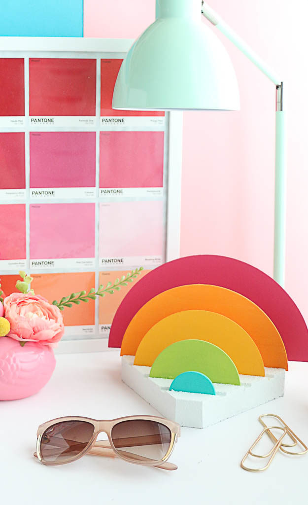 DIY wooden round rainbow desk organizer