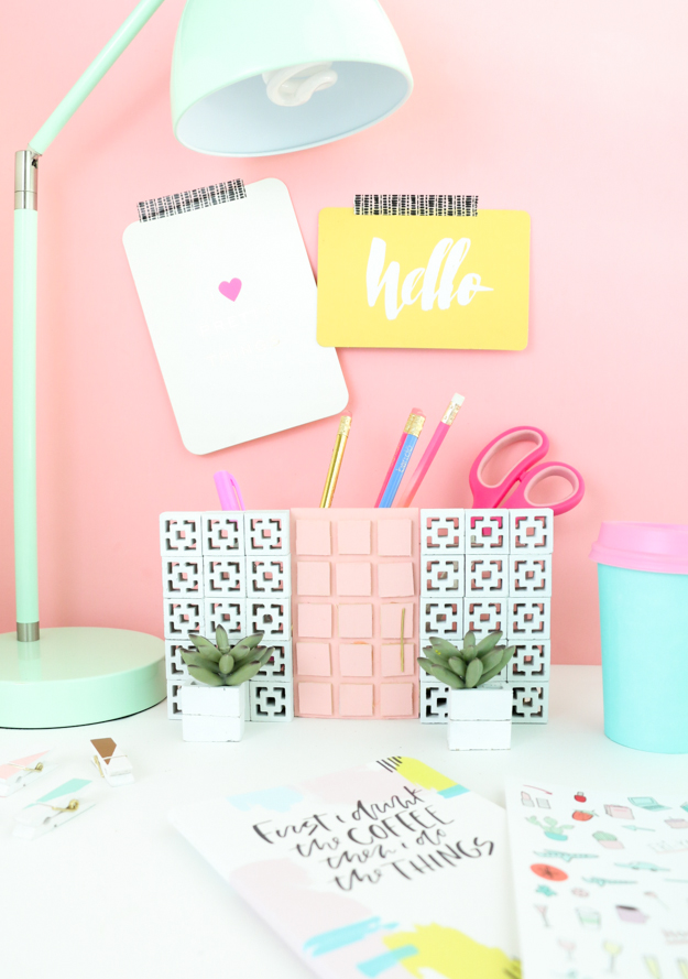 DIY Palm Springs inspired desk organizer (via akailochiclife.com)