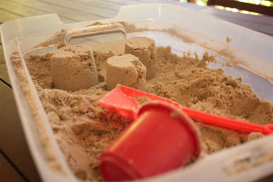 DIY kinetic sand using classic play sand
