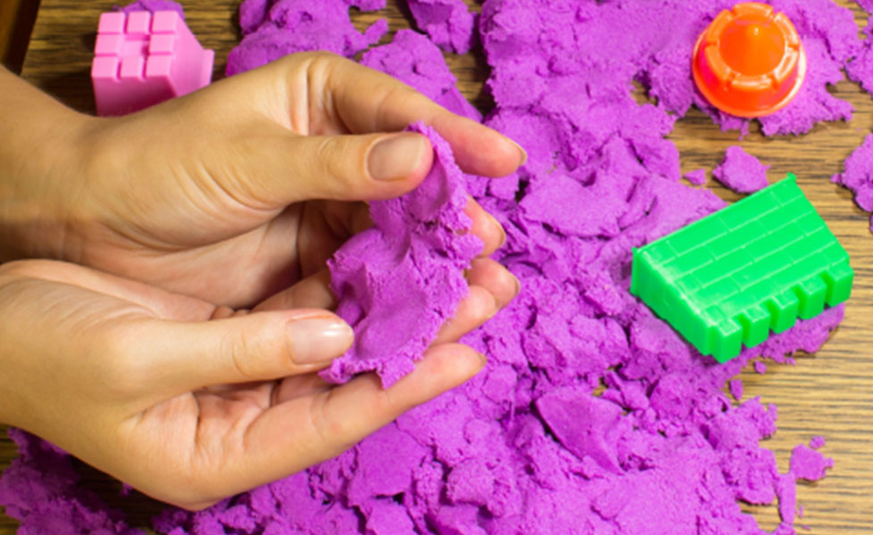 DIY colorful kinetic sand using soap and cornstarch